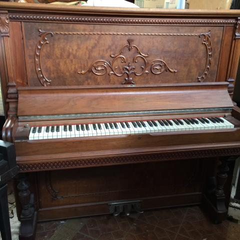 Photo of Stevens Piano shaped Organ